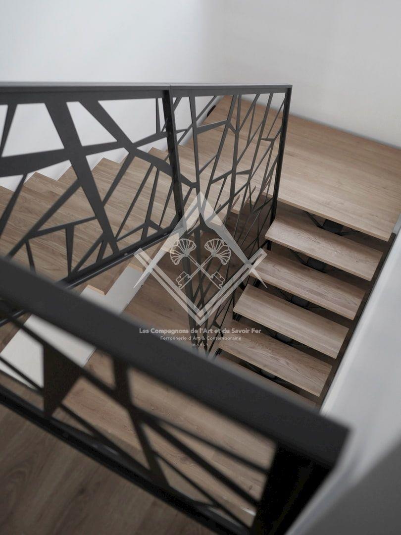 Fabrication d'escalier Design & Contemporain en Acier, Métal, Fer forgé et Bois à Marly, Metz, Nancy, Thionville.